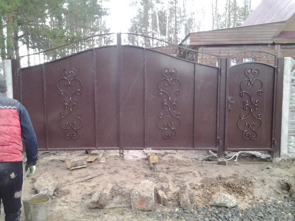 Металлические ворота под ключ в Казани