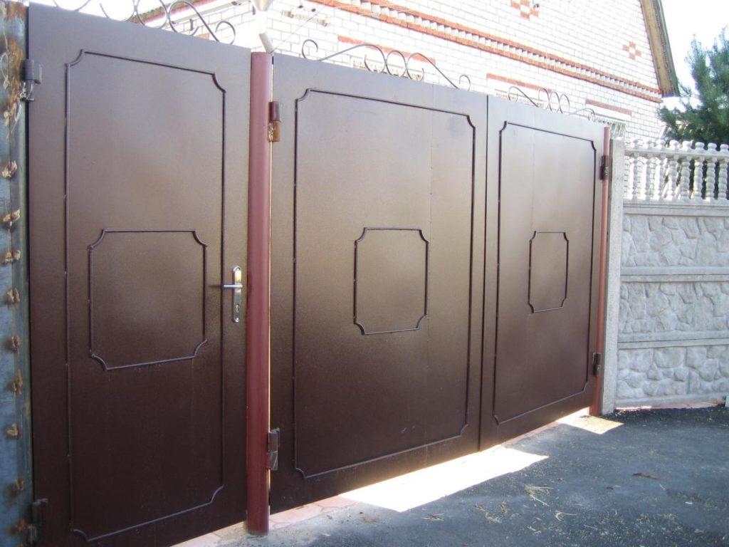Изготовление металлических ворот в Казани