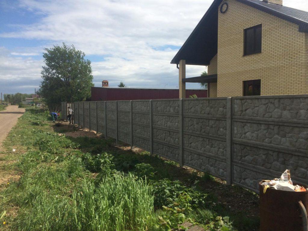 Изготовление бетонных заборов в Казани