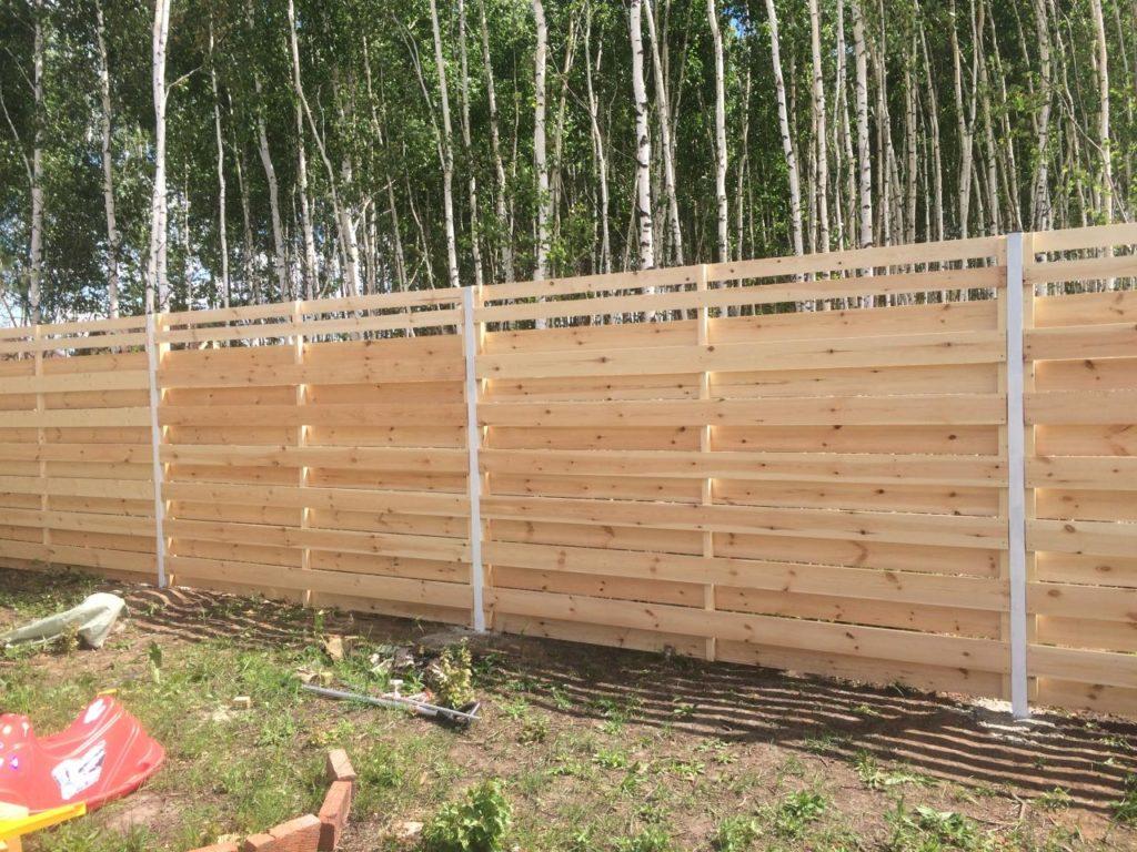 Изготовление деревянных заборов в Казани