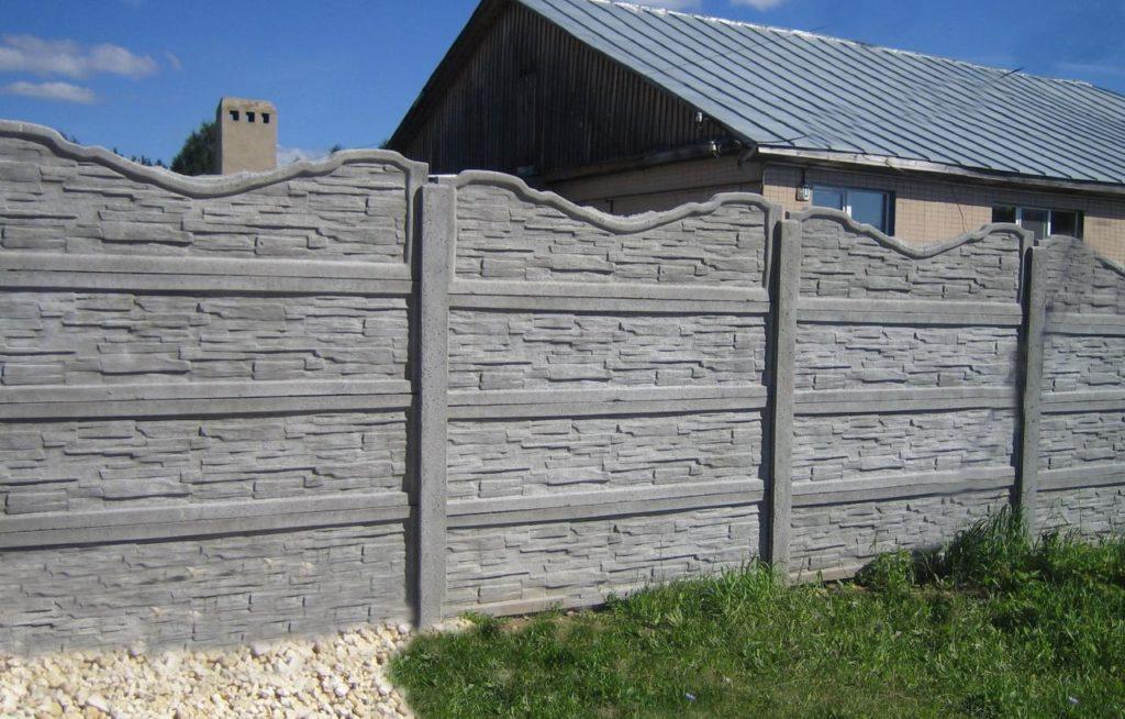 Изготовление заборов из бетона в Казани