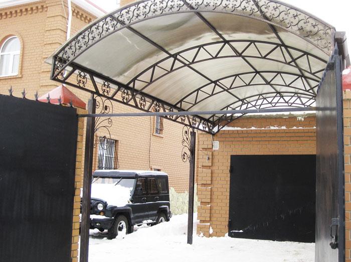 Навес для дачи из поликарбоната в Казани